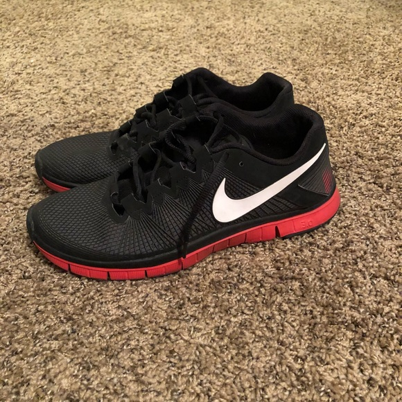 Men's Nike Trainer 3.0+ running shoes size 10